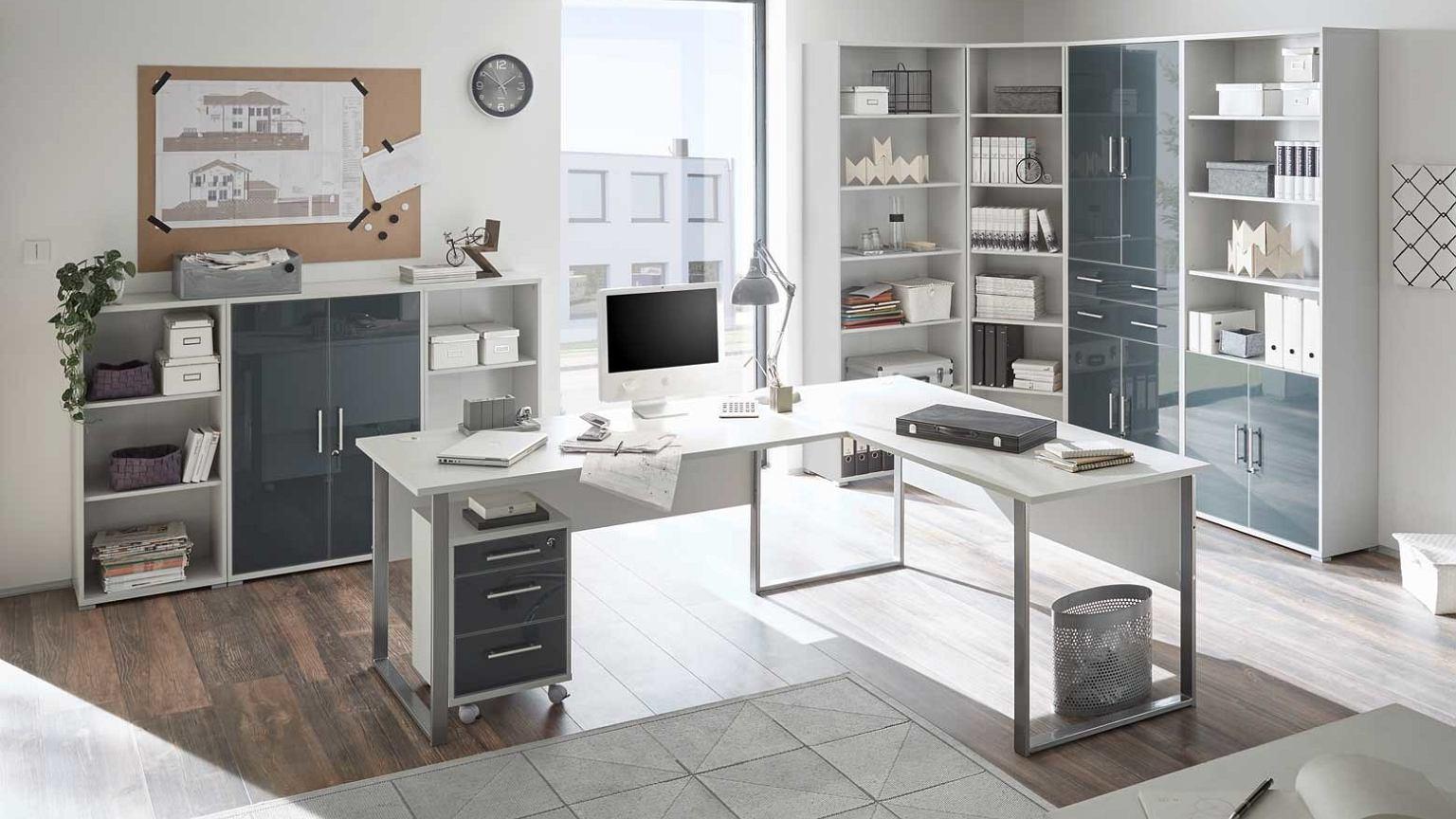Biurka narożne Ikea – własne biuro w mieszkaniu