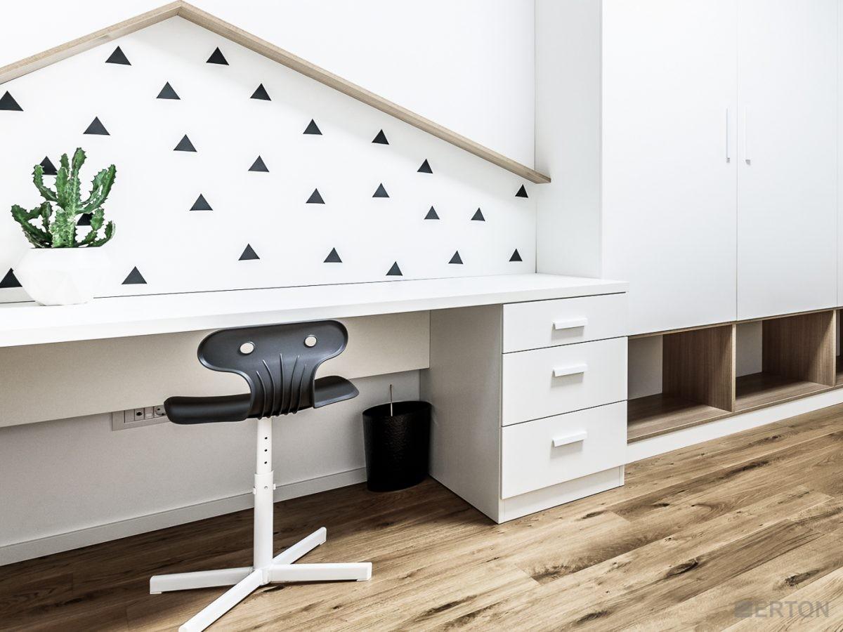Ikea biurka dla dzieci – na co zwrócić uwagę przy ich wyborze?