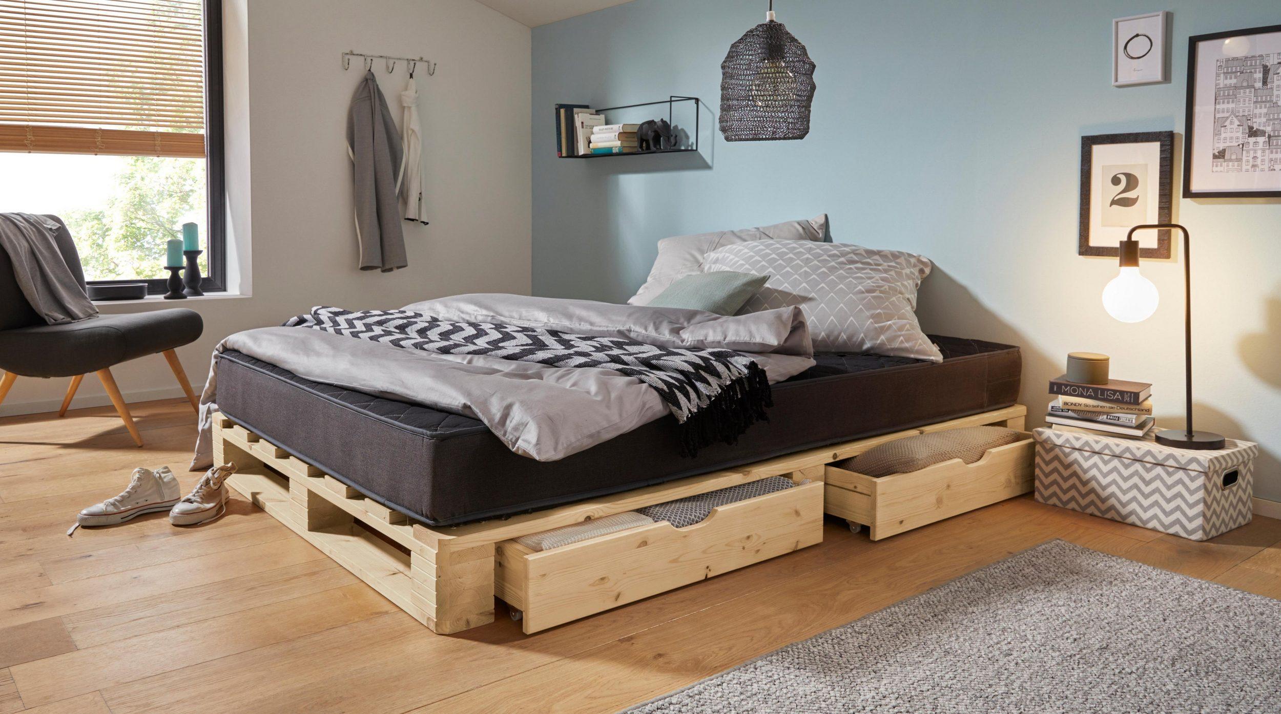 Jak samodzielnie zrobić łóżko z palet? Instrukcja krok po kroku